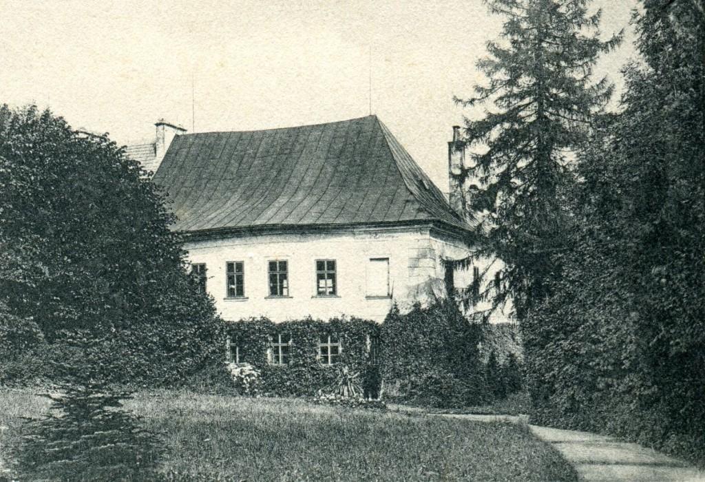 zamek_1904_01 web od zapadu