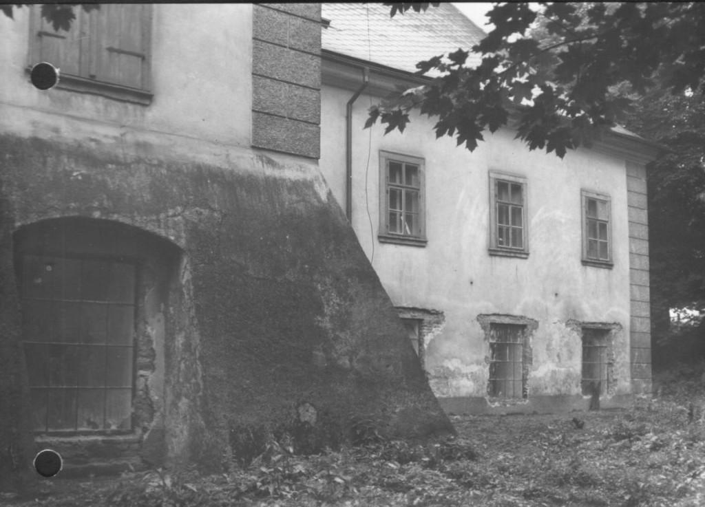 Národní památkový ústav, úop v Josefov?, odborná spisovna, spisová dokumentace, slo¸ka Rokytnice v O. h. - zámek