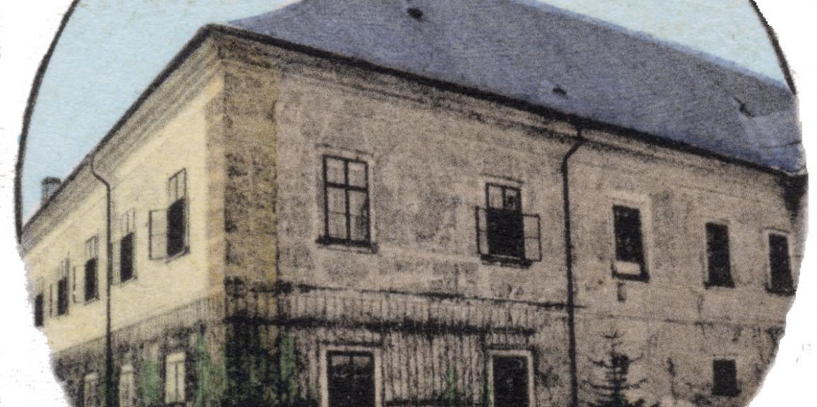 Zámek – okolo roku 1912 – od východu